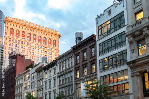 Staande foto New York City Historic buildings along 23rd Street in Manhattan New York City at dusk