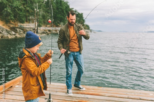 Poster Peche Father and son fishing