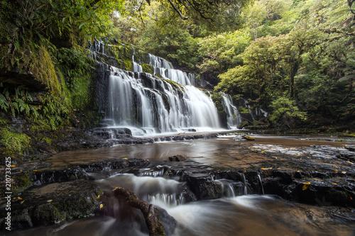 Valokuva  Purakaunui Falls, Catlins - Südinsel von Neuseeland