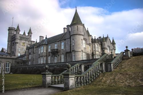 Photographie Northwest corner of Balmoral Castle in Royal Deeside, Scotland, United Kingdom -