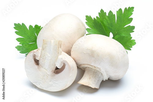 three champignons with parsley