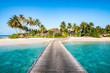 Leinwandbild Motiv Urlaub auf einer einsamen Insel in den Tropen