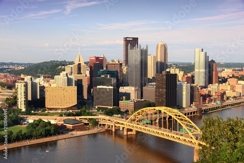 Obraz na plátne  Pittsburgh city skyline