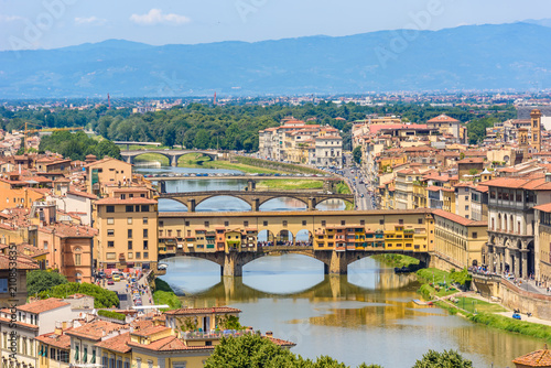 Spoed Fotobehang Europa View of Florence from Piazzale Michelangelo - River Arno with Ponte Vecchio and Palazzo Vecchio - Tuscany, Italy