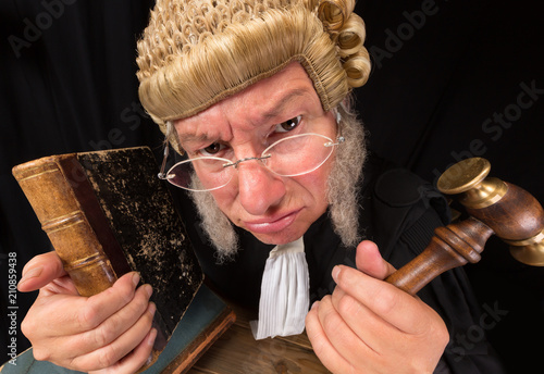Grumpy judge Fototapeta