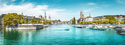 Poster Centraal Europa Zürich city panorama with Limmat river in summer, Switzerland
