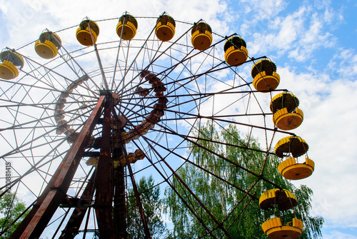 Poster Amusementspark Observation wheel carousel with yellow cabins in the former musement park in Pripyat, a ghost town in northern Ukraine, evacuated the day after the Chernobyl disaster on April 26, 1986
