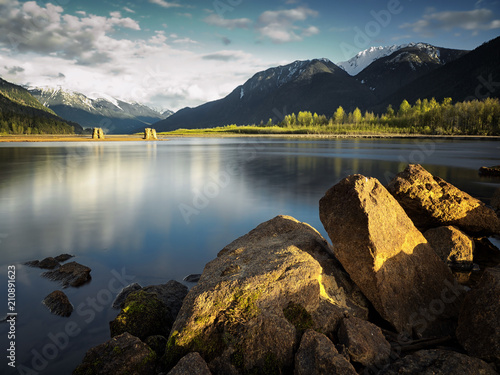 Poster Bergen Lillooet Lake at sunset, BC, Canada