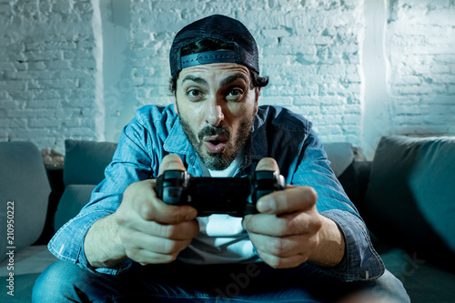 Cuadros en Lienzo close up of nerd video gamer addicted man