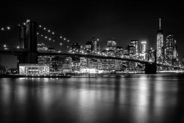 Brooklyn Bridge night lights