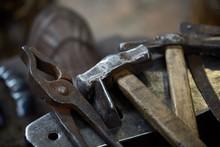 Working Metal Tools In Blacksm...