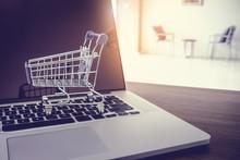 Shopping Online Concept, Mini ...
