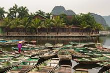 Touristic Boat Ride In Hao Lu ...
