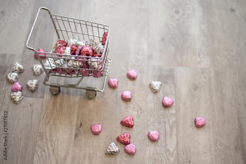 Fotografering  Mini Shopping Cart With V-day Candies