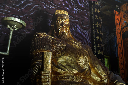 Staande foto China Statues of Guan Yu, In The Guan yu temple, Hubei China.