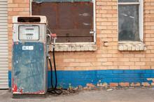 Old Disused Gas Pump, Rural Au...