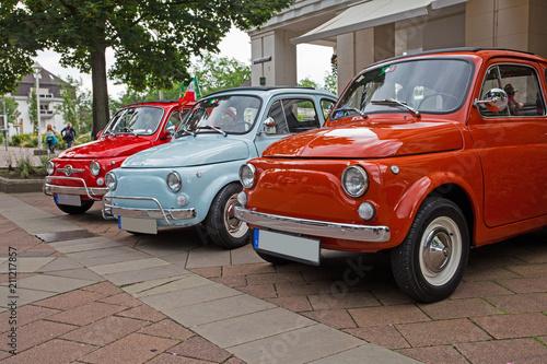 Papiers peints Vintage voitures italienische Kleinwagen