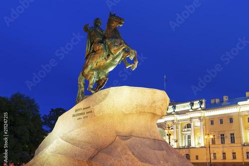 Tuinposter Historisch mon. The Bronze Horseman - equestrian statue of Peter the Great in Staint-Petersburg, Russia