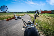 Classic Vintage Motorcycle Alo...