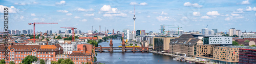 Fotobehang Berlijn Berlin Panorama mit Blick über Friedrichshain und Kreuzberg
