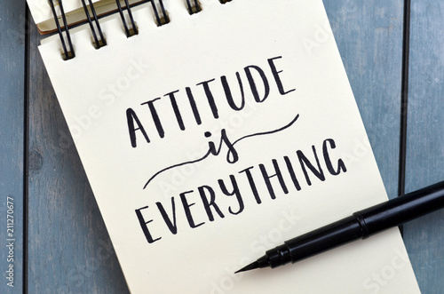 ATTITUDE IS EVERYTHING hand-lettered in notepad Tablou Canvas