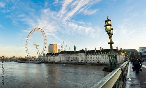 LONDON, ENGLAND - DECEMBER 12, 2016. The London Eye at sunrise © Pawel