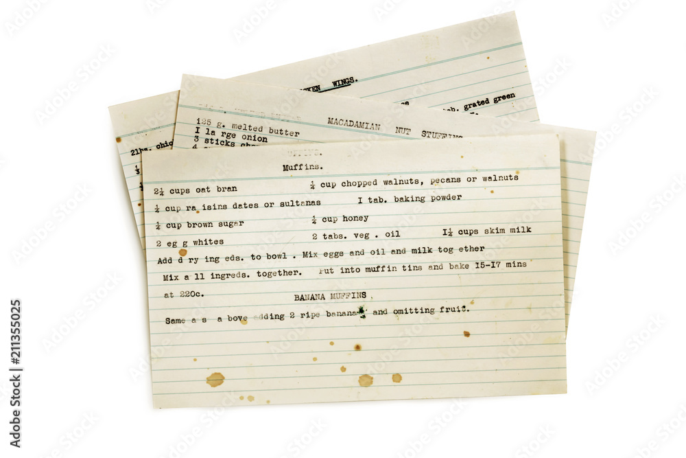 Fototapety, obrazy: Old Recipes Typed on Index Cards Isolated