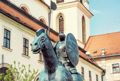 Foto op Canvas Historisch mon. Equestrian statue of margrave Jobst of Luxembourg and church, Brno