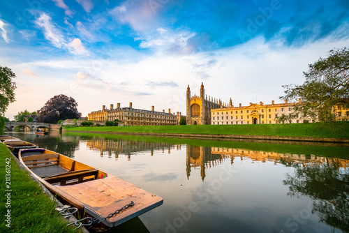 Beautiful view of Cambridge city on the River Cam Fototapete