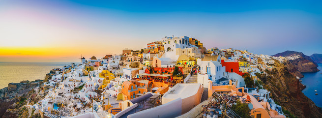 Fototapeta Architektura Oia at sunset in Santorini | Greece