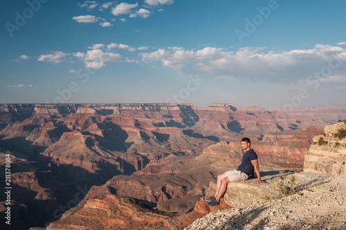 Keuken foto achterwand Verenigde Staten Tourist at Grand Canyon