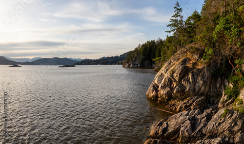 Staande foto Kust Beautiful panoramic view of the rocky coast viewed from Lighthouse Park. Taken in Horseshoe Bay, West Vancouver, British Columbia, Canada.