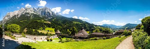 Foto op Plexiglas Alpen View of the hohenwerfen castle in Austria.