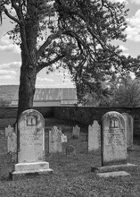 Headstones And Grave Sites At A Cemetery Located At Antietam National Battlefield In Sharpsburg, Maryaland.