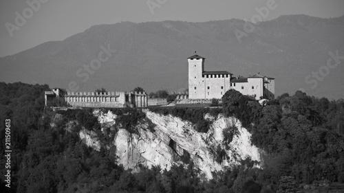 Fotografia, Obraz  Fortress of Angera
