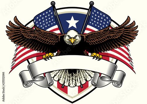 Fototapeta premium łysy orzeł projekt trzyma pustą wstążkę z flagami USA