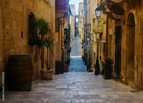 Poster Smal steegje Strait Street in Valletta, Malta