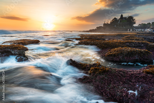 Staande foto Grijs Seascape, Tanah Lot Temple in Bali, Indonesia. Famous landmark tourist attraction and travel destination