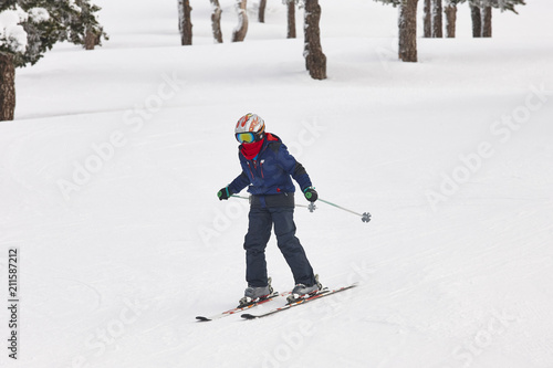 Tuinposter Wintersporten Children starting to learn how to ski. Winter sport