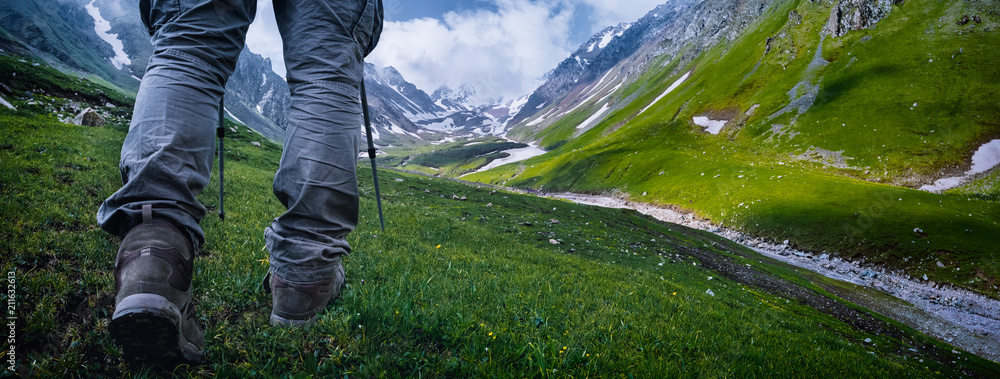 Fototapety, obrazy: Hiking in the mountains