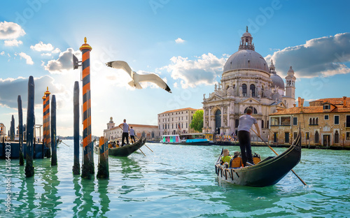 Photo sur Toile Gondoles Day in Venice