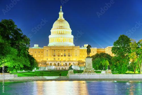 Tuinposter Verenigde Staten Washington, USA, United States Capitol, Ulysses S. Grant Memorial.