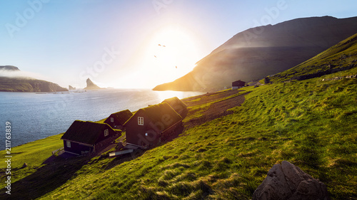 Fotobehang Europese Plekken Faroe Islands Houses Sunset