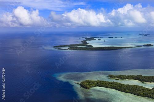 Spoed Foto op Canvas Eiland Palau Ngemelis island and Big Drop Off - World heritage site -