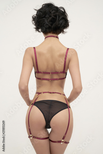 Staande foto womenART Sensual woman in provocative lingerie