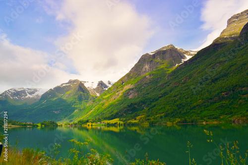 Staande foto Scandinavië Fjord in Norwegen