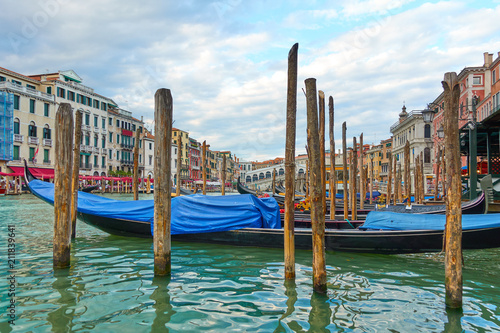 Poster Gondolas The Grand Canal near Rialto bridge in Venice