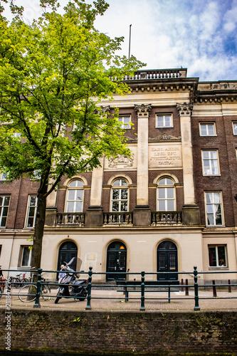 Foto op Aluminium Oude gebouw Amsterdam