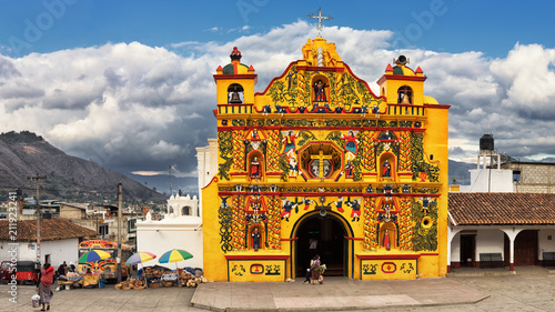 Tuinposter Centraal-Amerika Landen San Andrés Xecul, Catholic Church, Guatemala