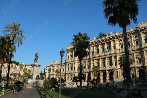 Zdjęcie XXL Zakon Rzymu Prawnicy przy piazza Cavour w Rzym Włochy